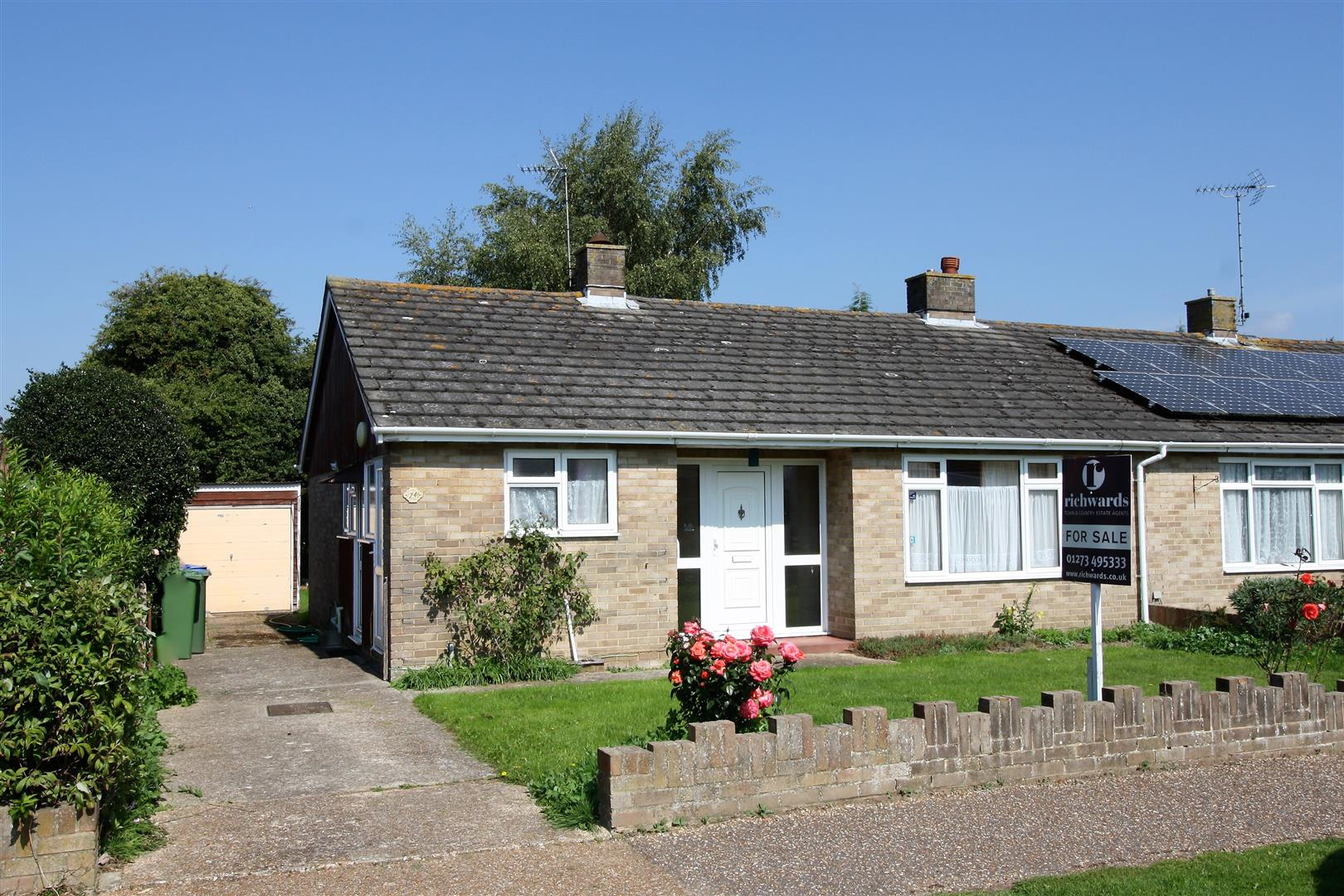 3 bedroom semi detached bungalow for sale
